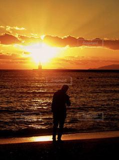 夕陽浴の写真・画像素材[956926]