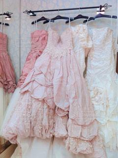 ピンクのドレスの女の子の写真・画像素材[888273]