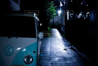雨上がりの夜の写真・画像素材[851305]