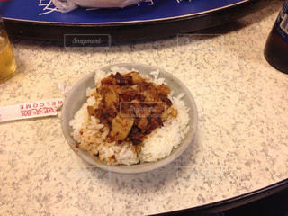 海外,台湾,美味しい,魯肉飯,王道