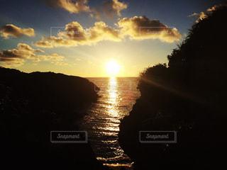 沖縄の夕焼けの写真・画像素材[985037]