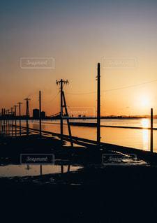 太陽,夕焼け,海岸,夕方,日常,オレンジ,写真,お出かけ,インスタ