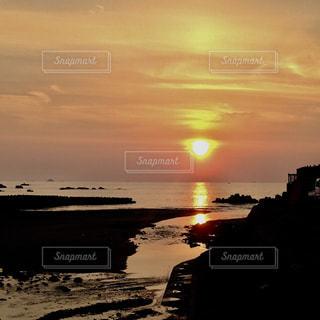 空,太陽,夕暮れ,水面,海岸,長崎,高浜海水浴場