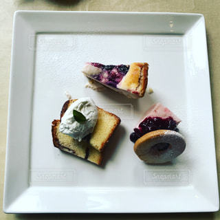 プレート、食品トレイの写真・画像素材[857122]