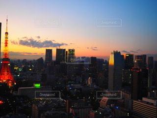 東京タワーと夕焼けの写真・画像素材[3489472]