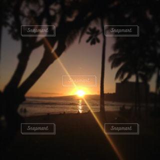 海,夕日,リラックス,旅行,ハワイ,HAWAI,海辺の夕日