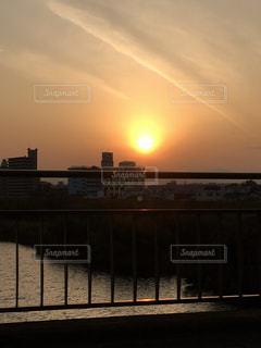 川と夕日 - No.968492