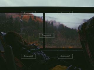 アウトドア,温泉,森林,女の子,人物,人,バス,休日,スパ,PassMe,パスミー