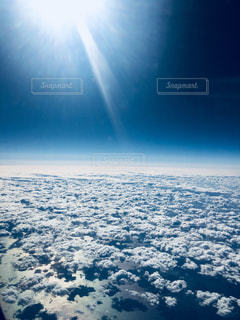 飛行機から見た雲の写真・画像素材[910267]