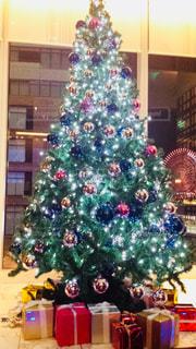 観覧車,プレゼント,イルミネーション,キラキラ,クリスマス,ツリー,横浜,クリスマスツリー,みなとみらい