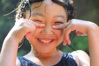 クローズ アップの女の子のの写真・画像素材[1373325]