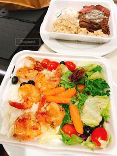 食べ物,ランチプレート,ガーリックシュリンプ