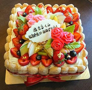 ケーキ,誕生日ケーキ,デコレーションケーキ,りぼん