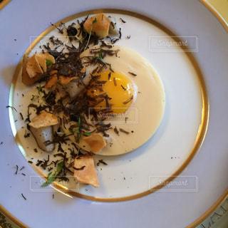 目玉焼き,フランス,パリ,朝ごはん,卵料理,トリュフ
