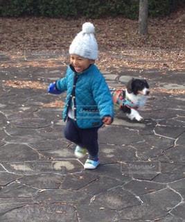 冬 帽子 ニット帽 犬と散歩 2歳児