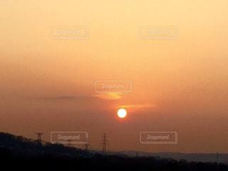 背景の夕日の写真・画像素材[873713]