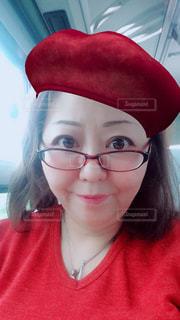 赤い帽子もなかなか良いの写真・画像素材[1031962]
