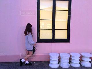 ピンクの壁の写真・画像素材[864903]