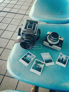 青と白のプレートの写真・画像素材[1442667]
