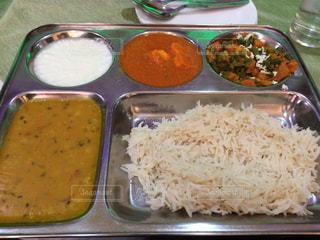 カレー,辛い,インド,激安,色彩,美味,北インド,100ルピー,インディカ米