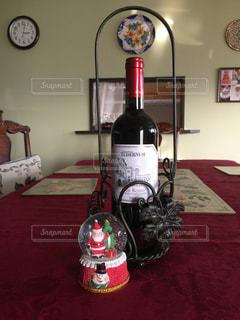 冬,室内,テーブル,クリスマス,ワイン,スノードーム