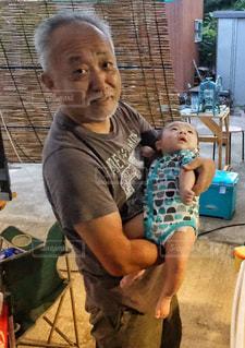 赤ちゃんと一緒の写真・画像素材[1451656]