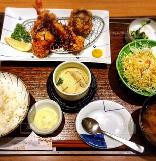 食べ物,秋,食事,屋内,定食,お皿,フライ,食欲,食欲の秋