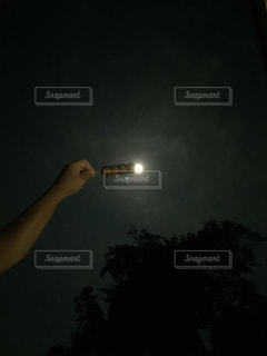 団子になったお月さまの写真・画像素材[1484955]