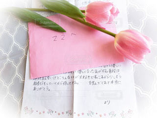 花,文字,チューリップ,手紙,メッセージ,母,ありがとう,手書き,娘,感謝,日本語,封筒,便箋,手書き文字