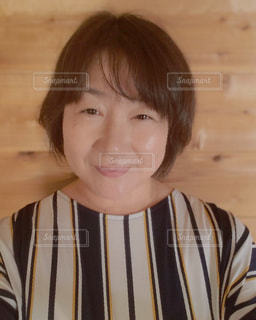 微笑む女性の写真・画像素材[2163839]