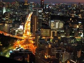 夜の街の眺めの写真・画像素材[2716463]