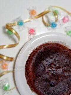 皿の上のデザートの写真・画像素材[4245001]