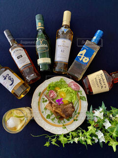 食べ物,お酒,ボトル,ビール,ウイスキー,バー,ドリンク,アルコール,テキスト,おうち時間,ウイスキーがお好きでしょ