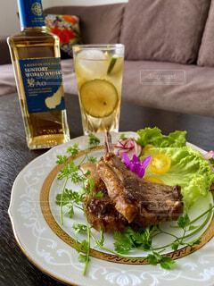 食べ物,ディナー,お酒,ジュース,皿,レモン,レストラン,カクテル,ウイスキー,ドリンク,ソフトド リンク,おうち時間,ウイスキーがお好きでしょ