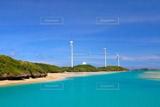 風車のある風景の写真・画像素材[926909]