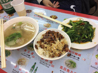 屋台,ご飯,台湾,美味しい,夜市,安い,シーリン