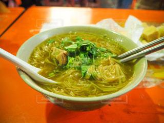 アジア,旅行,台湾,台北,寧夏夜市,麺線,台湾ごはん,里長伯麻辣臭豆腐