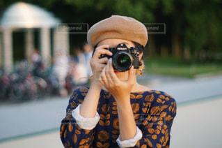 カメラを持っている人 - No.1017708