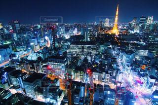 夜の街の眺めの写真・画像素材[2716331]