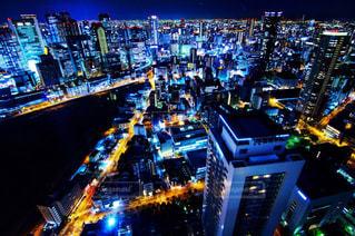夜の都市の写真・画像素材[2716648]