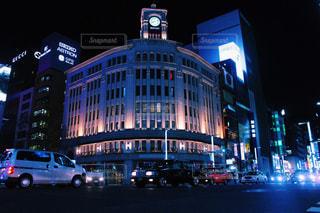 夜の市街地の眺めの写真・画像素材[2716680]