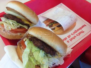 ランチ,屋内,ハンバーガー,アメリカ,パン,料理,カリフォルニア