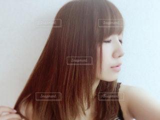 ストレートヘアの写真・画像素材[1027448]