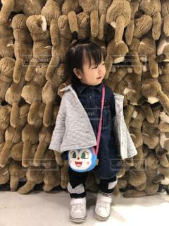 子供の冬ファッションの写真・画像素材[1685545]