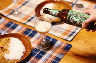 おつかれさまのビールの写真・画像素材[2812658]