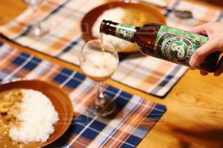 おつかれさまのビールの写真・画像素材[2812657]