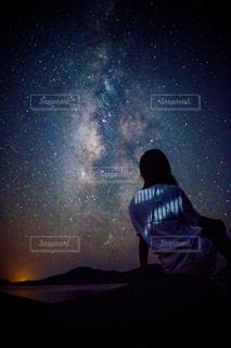 空,夜,星空,沖縄,女,星,後姿,黄昏,天の川