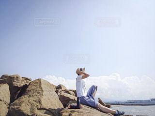 自然,空,夏,屋外,ビーチ,青,水面,海岸,岩,人物,人,ボトル,ポートレート,タケヤフラスクトラベラー