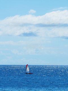海,空,カメラ,晴れ,青,沖縄,週末,キラキラ,写真,ヨット,お出かけ,北谷町