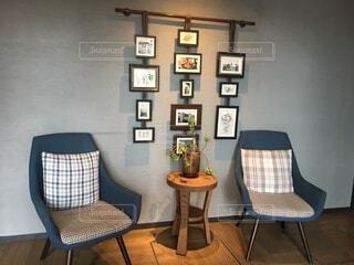 部屋の椅子の写真・画像素材[3904033]